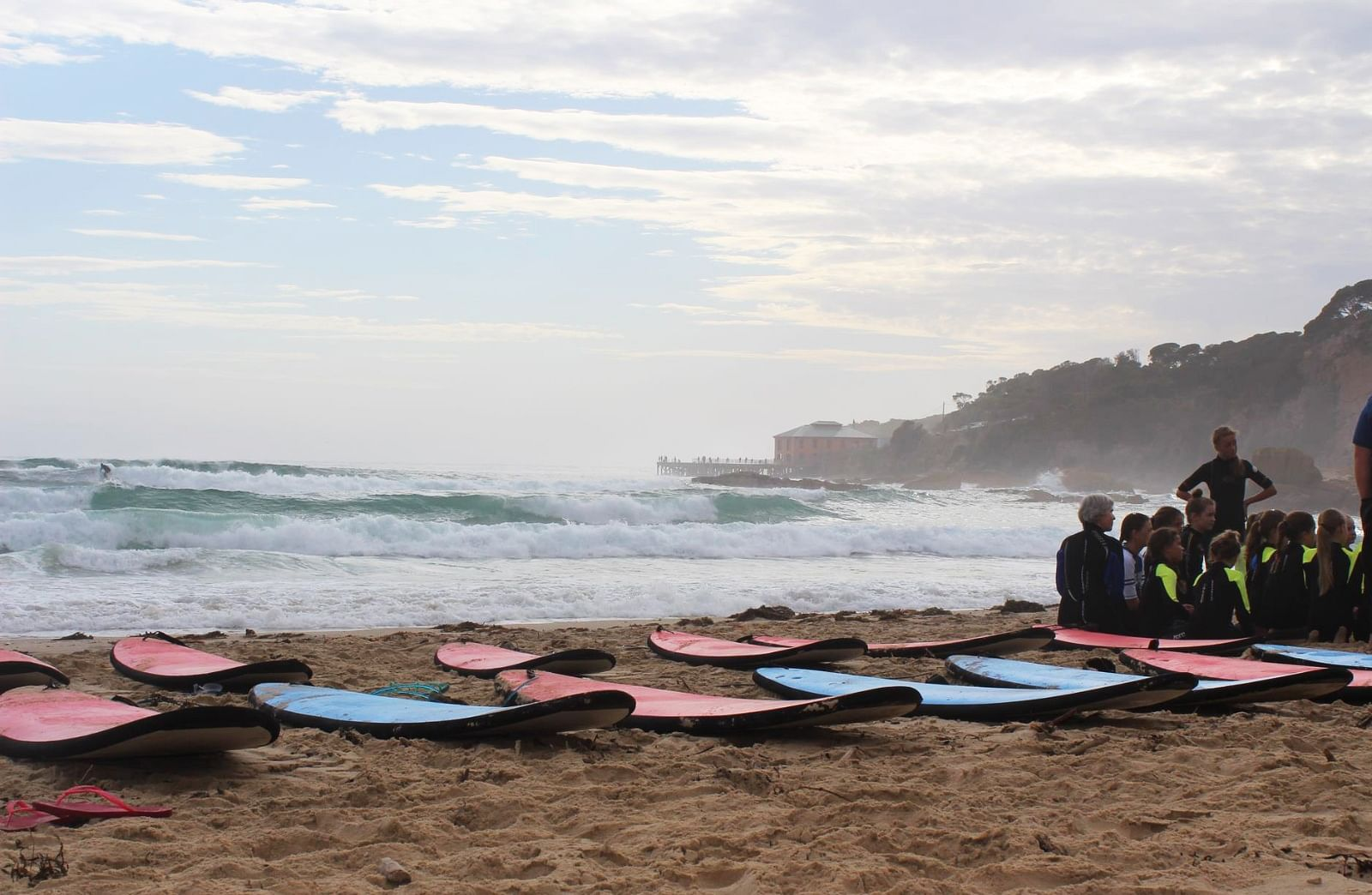 picture of tathra beach learn to surf