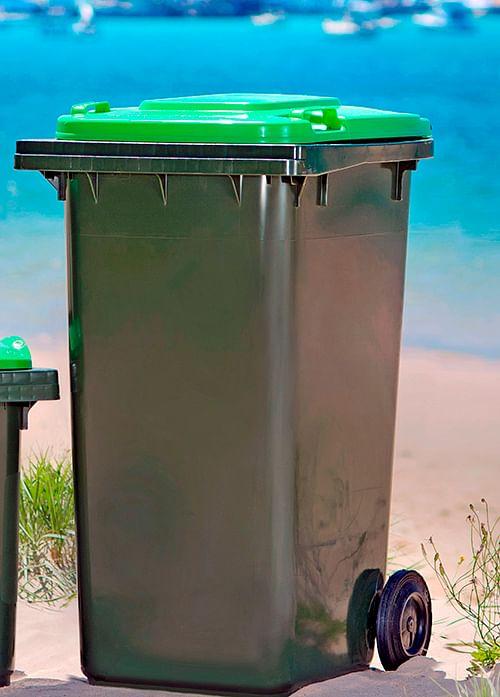 Organic waste bin.