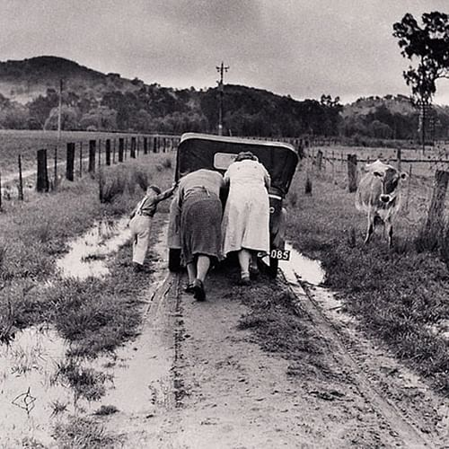 Photograph taken by Jeff Carter, Tobacco Road 1956, silver gelatin print (courtesy MAMA Collection).