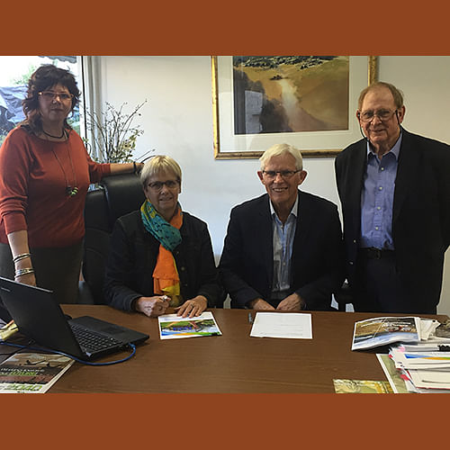 Bega Valley Shire Council General Manager, Leanne Barnes and Mumbulla Foundation Chairperson, Gary Potts (both seated) were joined by Cr Jo Dodds (Mumbulla Foundation Councillor Representative) and Michael Britten (Mumbulla Foundation) for the signing of the new Memorandum of Understanding.