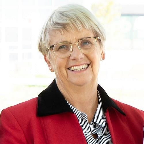 Ms Leanne Barnes OAM PSM was awarded the Public Service Medal in this year's Queen's Birthday Honours.