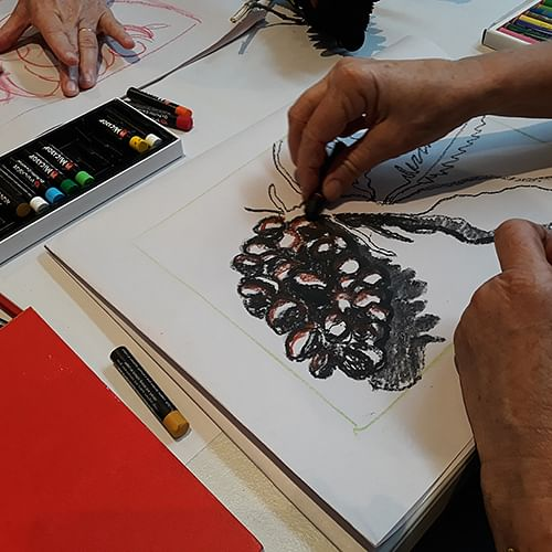 Supported art workshops will help young people express their bushfire experiences.
