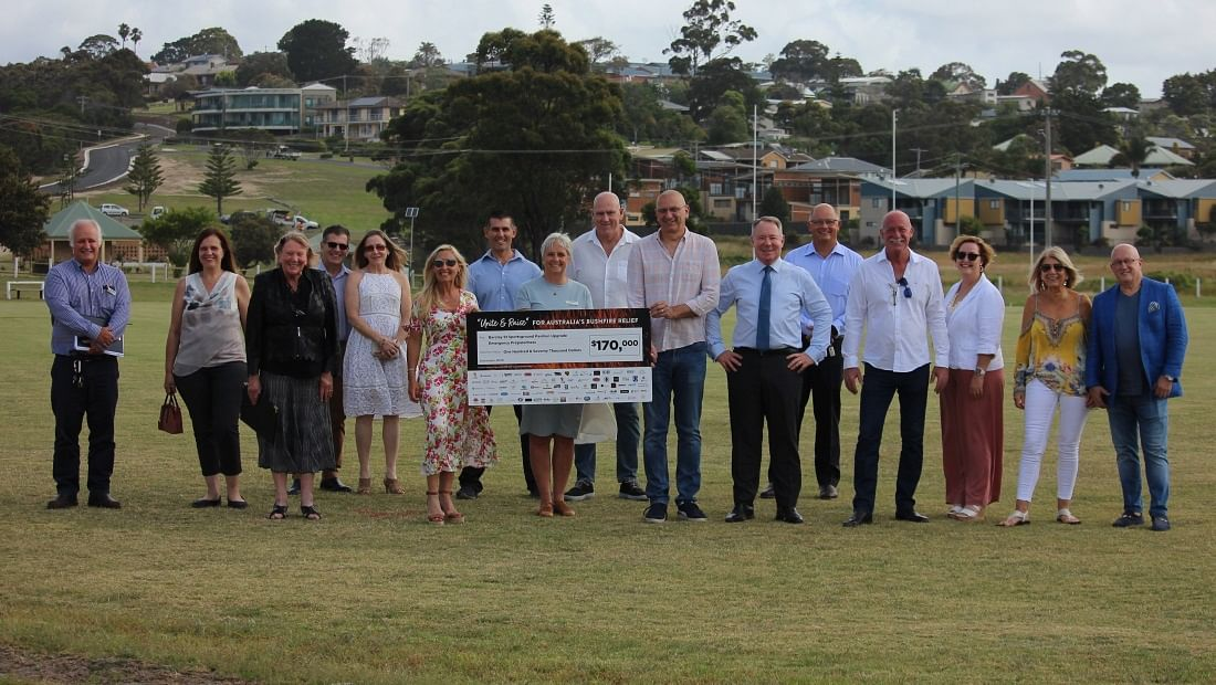 Bega Valley Shire Deputy Mayor, Liz Seckold and General Manager, Leanne Barnes receive a $170,000 cheque for the construction of the Barclay Street multi-function community space.