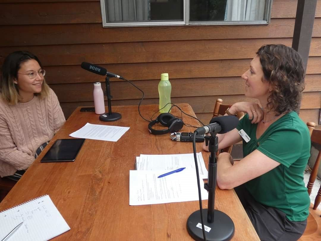 Library Officer, Cat McLean interviewing Wonboyn visitor, Naomi Furrer for the bushfire oral history project.